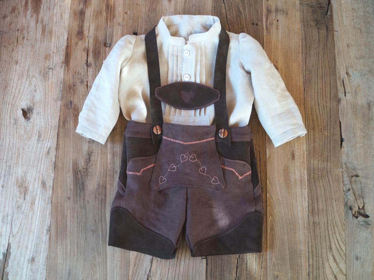 Wert für Geld Kaufen Sie Authentic reduzierter Preis O'zapft is: Die Baby-Lederhose aus Bio-Leinen !