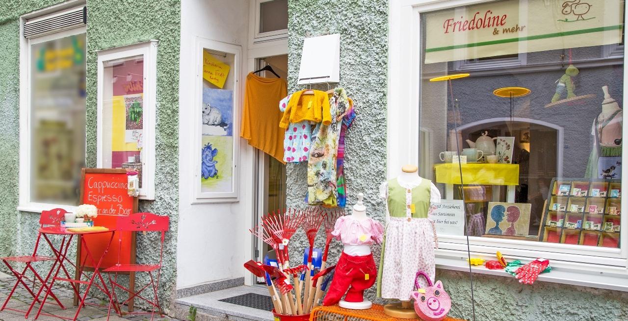 finest selection 71adf 4f6ed Friedoline - Ladengeschäft: Kindermode und Spielwaren in ...